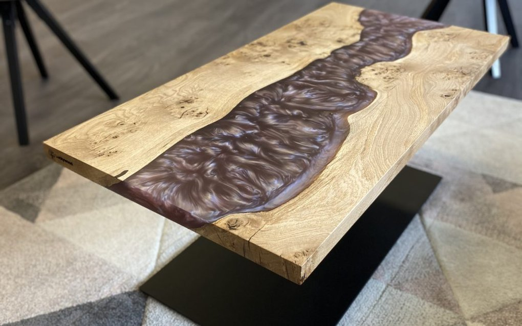 Couchtisch Epoxidharz aus Holz